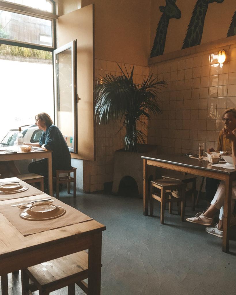 Best bars and restaurants in Graca Lisbon Damas