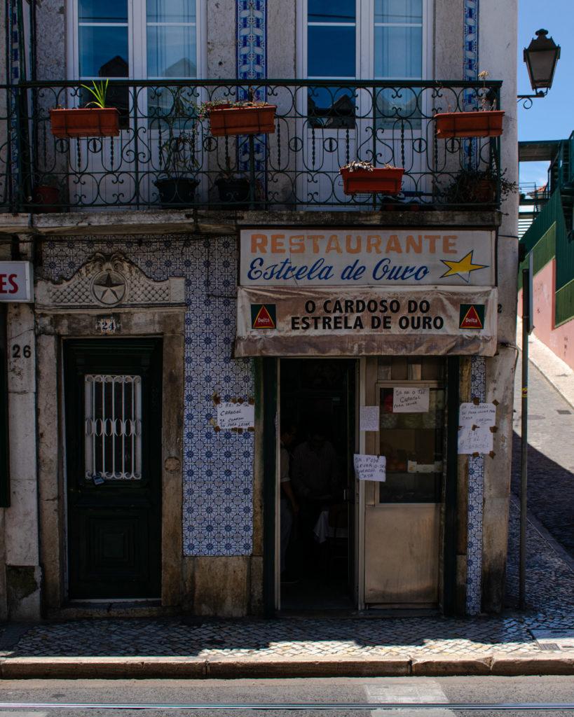 Best bars and restaurants in Graca Lisbon O Cardoso do Estrela de Ouro